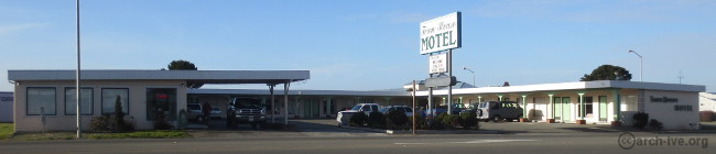 Town House Motel - Crescent City CA