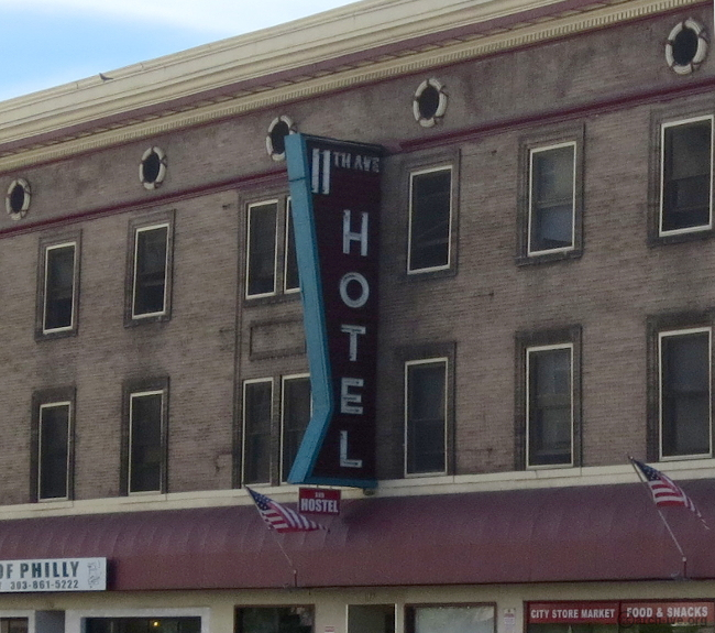 11th Ave. Hotel and Hostel - Denver CO