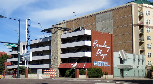 Broadway Plaza Motel - Denver CO